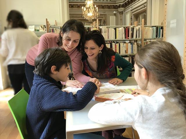 Atelier d'initiation à la recherche pour des élèves de CM 1